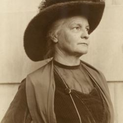 Elizabeth Evans.JPG