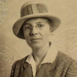 MaudeRussell.JPG