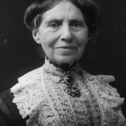 Clara_Barton_1904.jpg