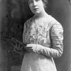 Sylvia_Pankhurst_1909.jpeg