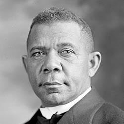 Booker_T_Washington_1905.jpg