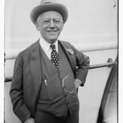 Carl_Laemmle_1918.jpg